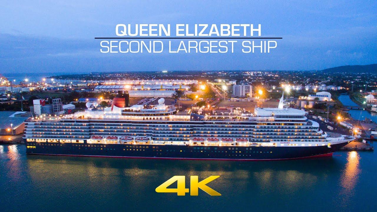 The Queen Elizabeth leaving Mauritius The Queen