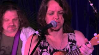 'TRAIN SONG' - The Caroline Hammond Band feat Matthew Moline - Live @ The Rooftop Sessions