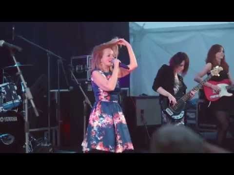 Altered Images-    Happy Birthday  (Live at Belleisle Park, Ayr )