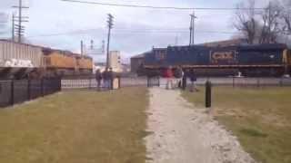 CSX NS Near Collision in Fostoria Ohio 11/29/15