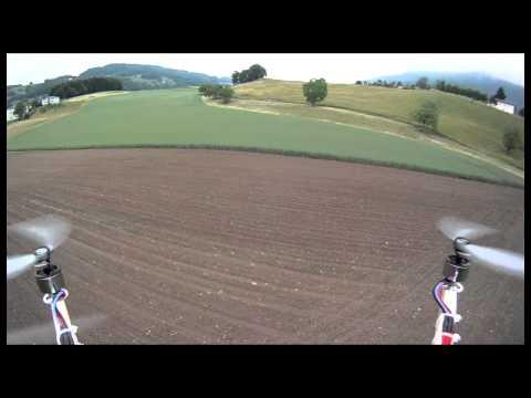 quadrocopter HD onboard, field flying