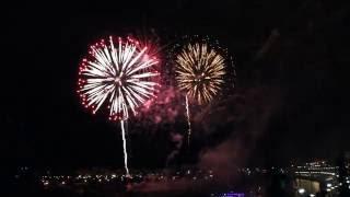 Фестиваль фейерверков в Тюмени(Праздничное шоу к 430-летию города! Автор видео: Яна Шулика., 2016-07-30T20:16:26.000Z)