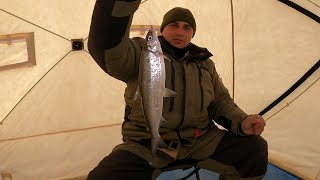 РЫБАЛКА НА ОЗЕРЕ ИМАНДРА В АПРЕЛЕ FISHING ON LAKE IMANDRA IN APRIL