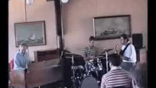 Delbert Bump Jazz Organ Trio third number vallejo jazz fest 94.wmv