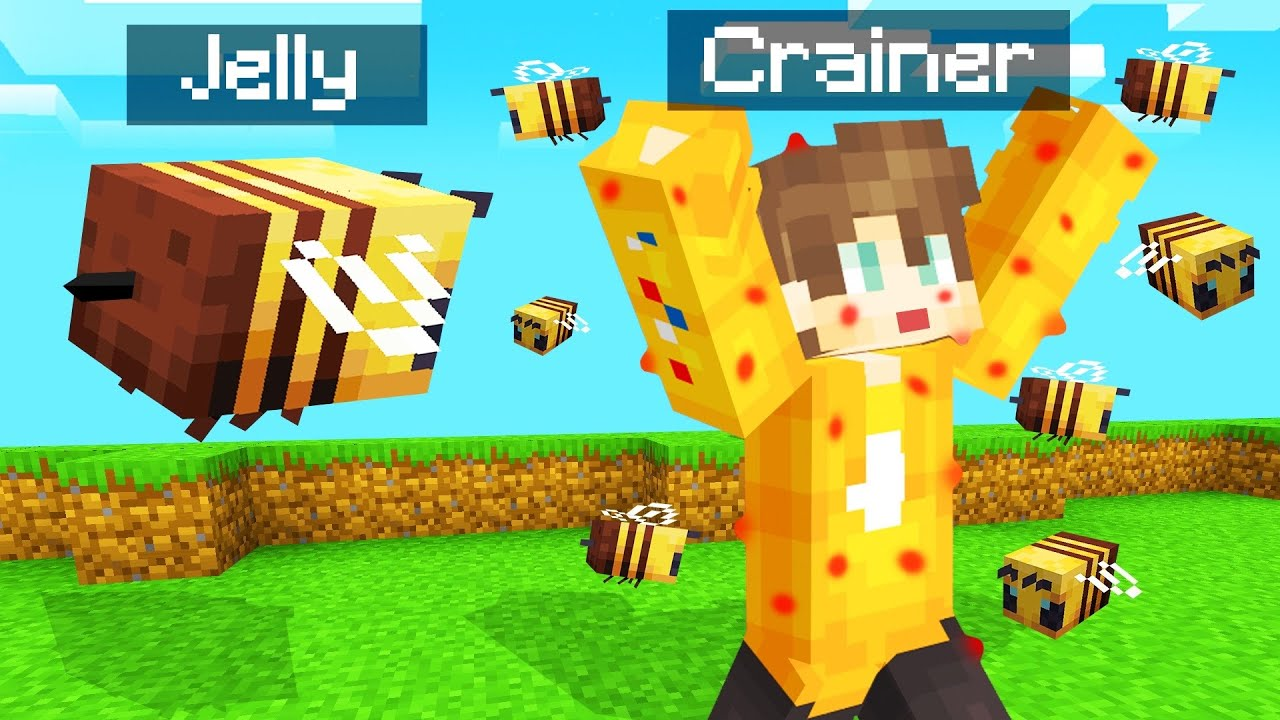 STINGING People As A BEE In MINECRAFT! (Funny) thumbnail