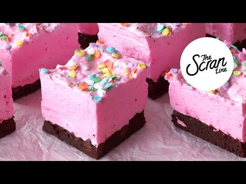 How To Make Strawberry Marshmallow Brownie Bars! - The Scran Line