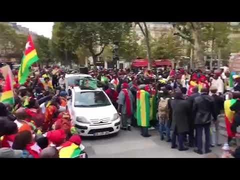 #Togodebout - Paris: Plus de 6000 Togolais se sont retrouvés à la bastille. Du jamais vu