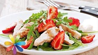 Легкий фруктовый салат с курицей и мятной заправкой - Все буде добре - Выпуск 628 - 02.07.15