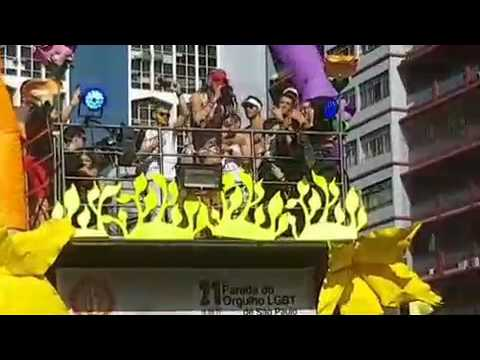 PABLLO VITTAR -OPEN BAR PARADA LGBT SÃO PAULO