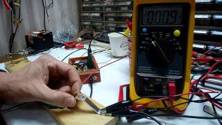 No Battery 2SB56 One Transistor Radio