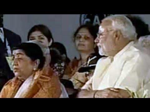 Narendra Modi felicitates Lata Mangeshkar in Mumbai
