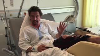 """Ричард хамонд сломал ногу. в больнице в Швецарии """"Я не умер"""""""
