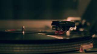 Spinning Turntable - Creative Commons Stock Footage  - Free download