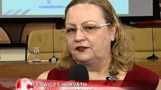 Câmara homenageia Associação Fala Mulher