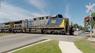 Empty Grain Train Accelerates Out of the Siding - CSX 436, 469