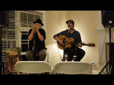 David Jacobs-Strain and Bob Beach perform