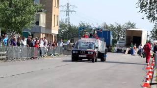 Carpulling Klaaswaal 2011 Just For Fun 1ste manche autotrek