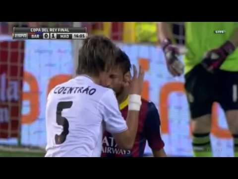 Neymar fight vs Coentrao Fight ( Barcelona 0-1 Real Madrid ) 16/04/2014 HD