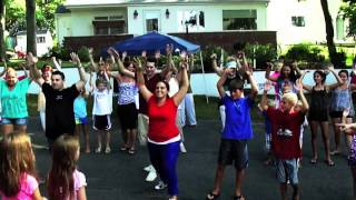 Sweet Caroline Flash Mob   Soundview Drive Block Party