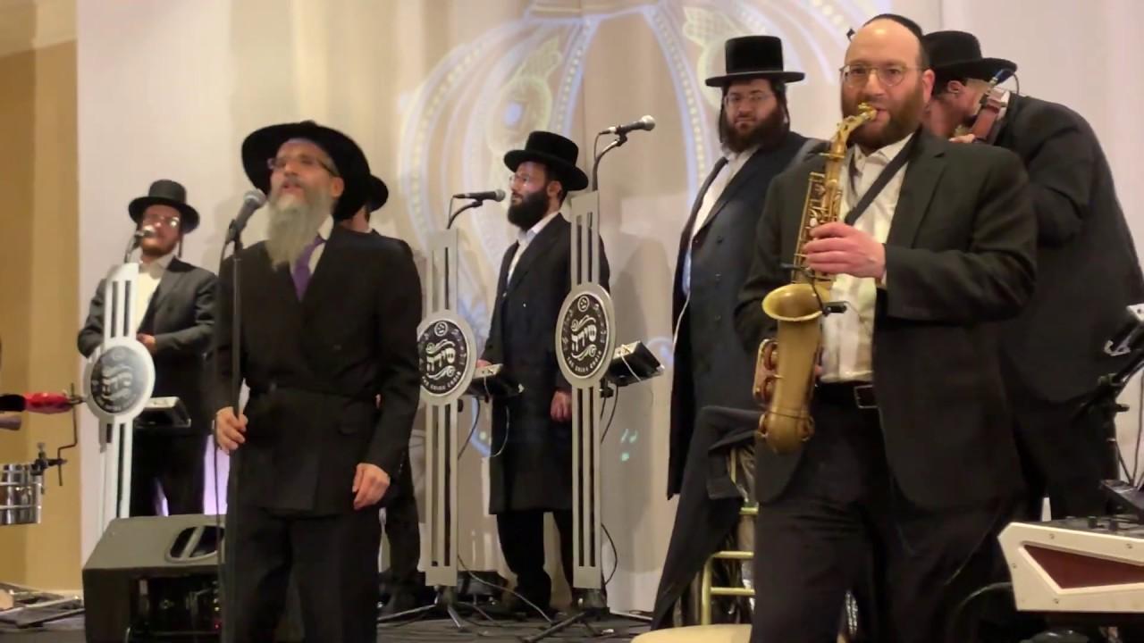 Avraham Fried - Shira Choir - Hachnosas Sefer Torah - Tzama