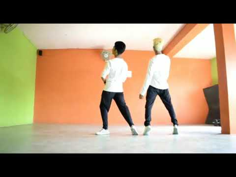 Dharmesh and Aashish freestyle dance