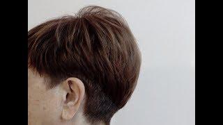 Короткая женская стрижка с пышной макушкой №2