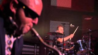 Madness   Bed & Breakfast Man   Live At The iTunes Festival 27 09 12