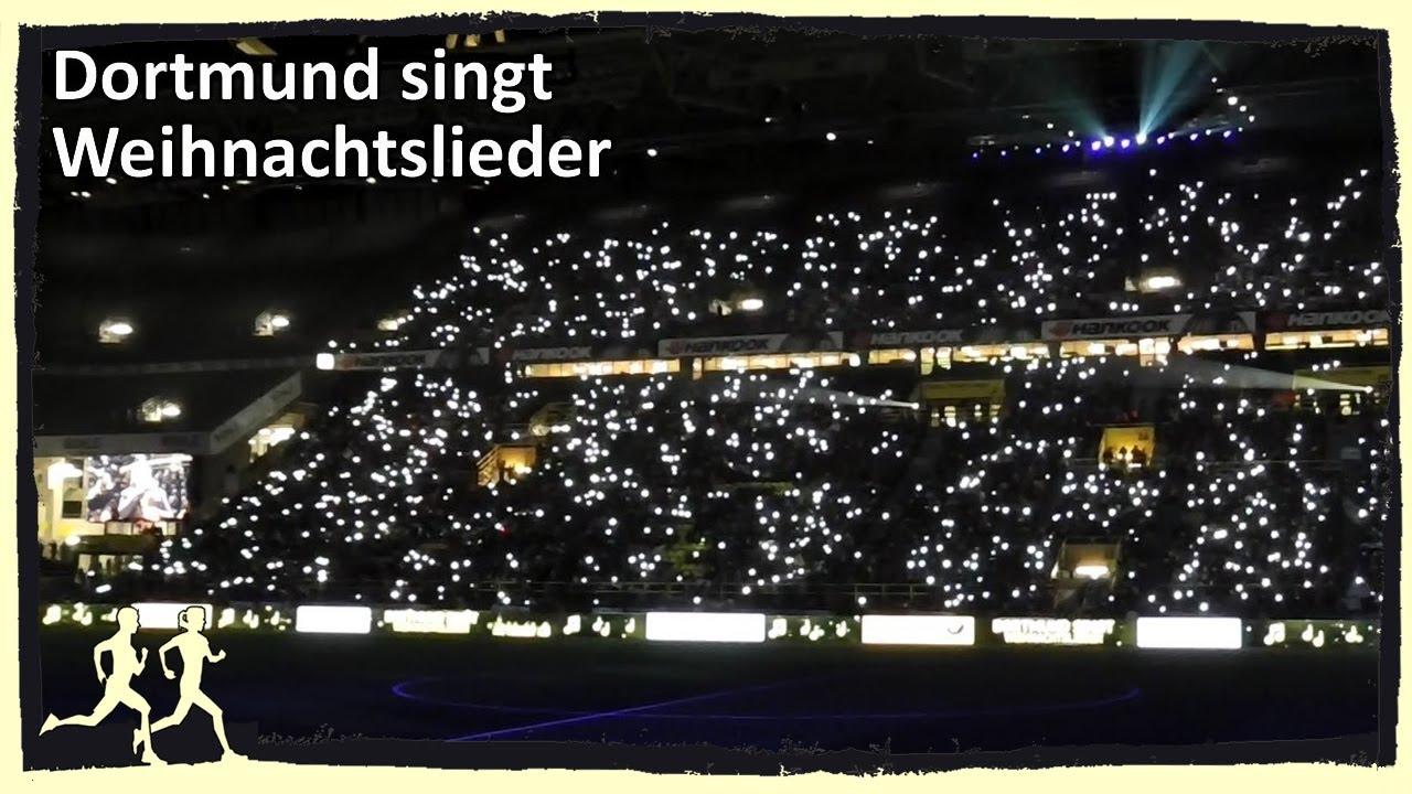 Bvb Frohe Weihnachten.Bvb Dortmund Singt Weihnachtslieder
