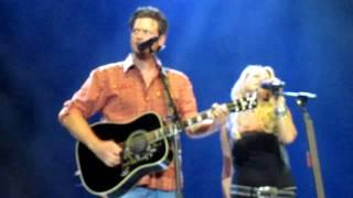 """Home"" by Blake Shelton & Miranda Lambert"