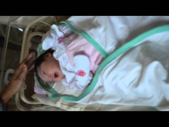 Baby's Today : Amni Alisha's Photos Part 1 Travel Video