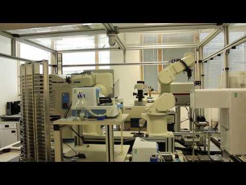 Робот-ученый нашел новое лекарство от малярии