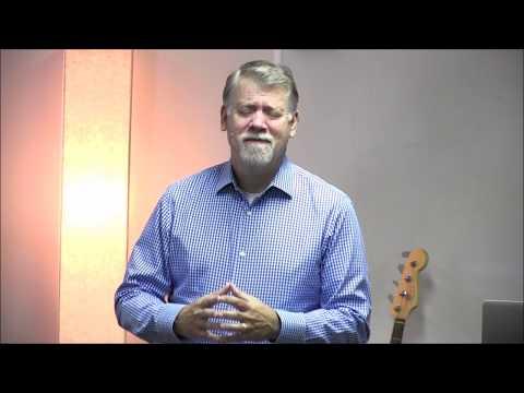 Buscamos la esperanza para la vida en Cristo.  - Michael  Sharp