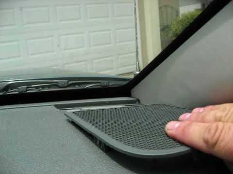 Jeep Grand Cherokee Speaker Removal - Dash