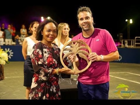 Higlight show Curacao Tennis Legends with english subtitles