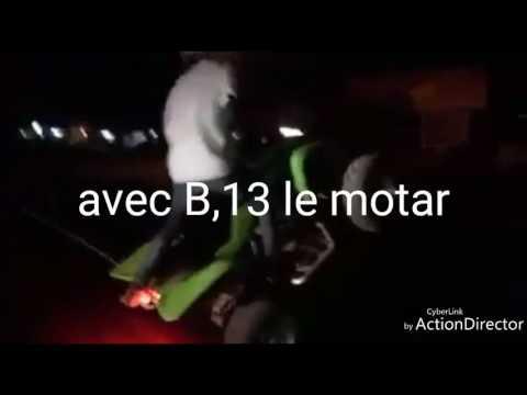 Togo un motard togolais pratique la motos couad