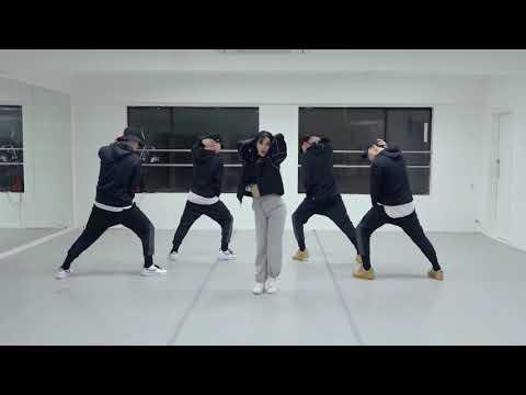 청하(CHUNG HA) - 벌써 12시 (Gotta Go) DANCE PRACTICE MIRRORED