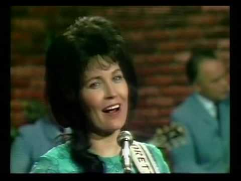 Loretta Lynn - You Ain't Woman Enough (To Take My Man)