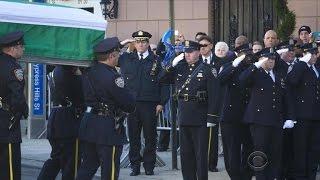 Thousands mourn slain NYPD officer Rafael Ramos