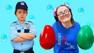 ELİF ÖYKÜ POLİS OLDU KAYBOLAN YUMURTALARI BULDU - Kids pretend play police Easter Egg fun kid video