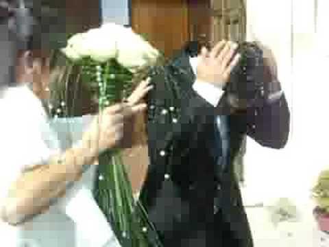 Matrimonio Flora e Francesco uscita chiesa