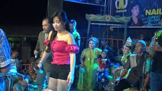 MENGAPA DUA voc. Suci Feat Pendy MC - JAIPONG DANGDUT NAILA MUSIC Live Dukuhmaja 2018