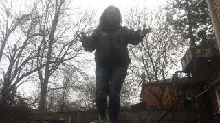BREATHIN BY ARIANA GRANDE shuffle vid