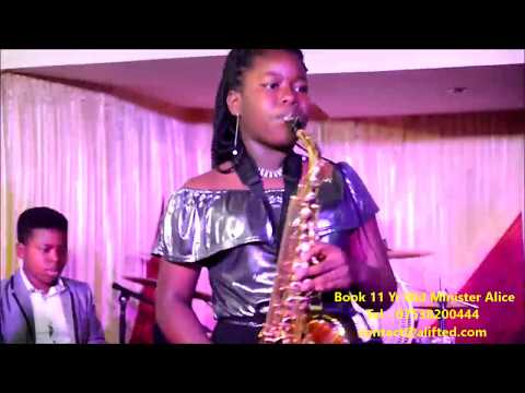 11 Yr Old Girl  saxophonist  Ministers Nigerian Gospel Music Mix 2017 @ RCCG Fountain