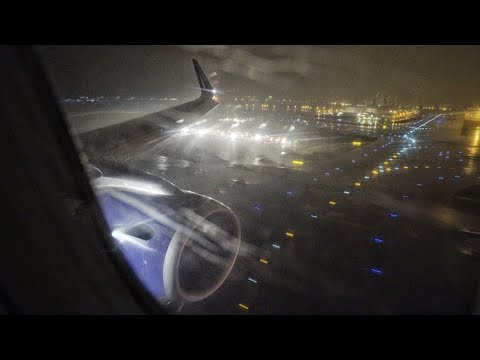 Turbulent and Rainy Landing - Airbus A321 in Tokyo Haneda Airport