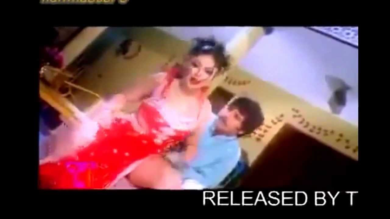 Sexy Videos - Indian Couple Sing  Dance In Bedroom