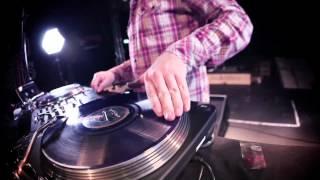 Reloop IQ2 MIDI Mini Mix feat. DJ Flip