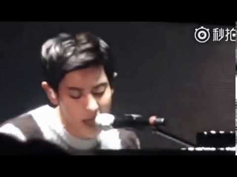 EXO Park Chanyeol - All Of Me Cover @ EXO Love Concert (Full Ver)