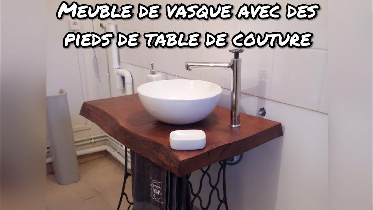 Fabriquer Meuble Salle De Bain Palette comment fabriquer un meuble pour salle de bain avec des pieds d'une machine  à coudre