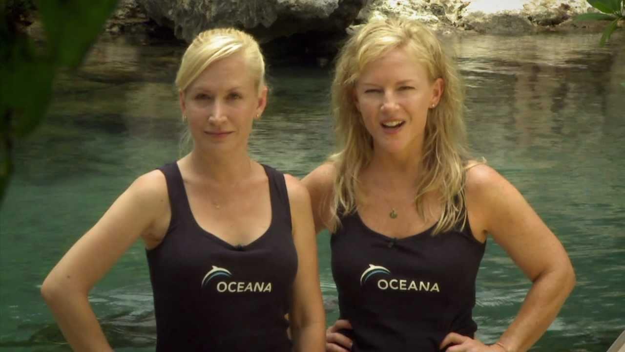 Angela kinsey swimsuit