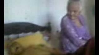 Download Video kakek dan nenek MP3 3GP MP4
